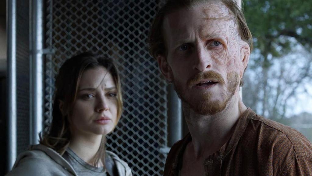 Christina Evangelista as Sherry, Austin Amelio as Dwight on Fear the Walking Dead.